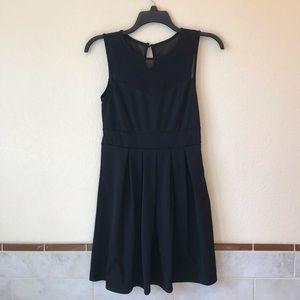Blooming Jelly Sleeveless Black Mini Dress